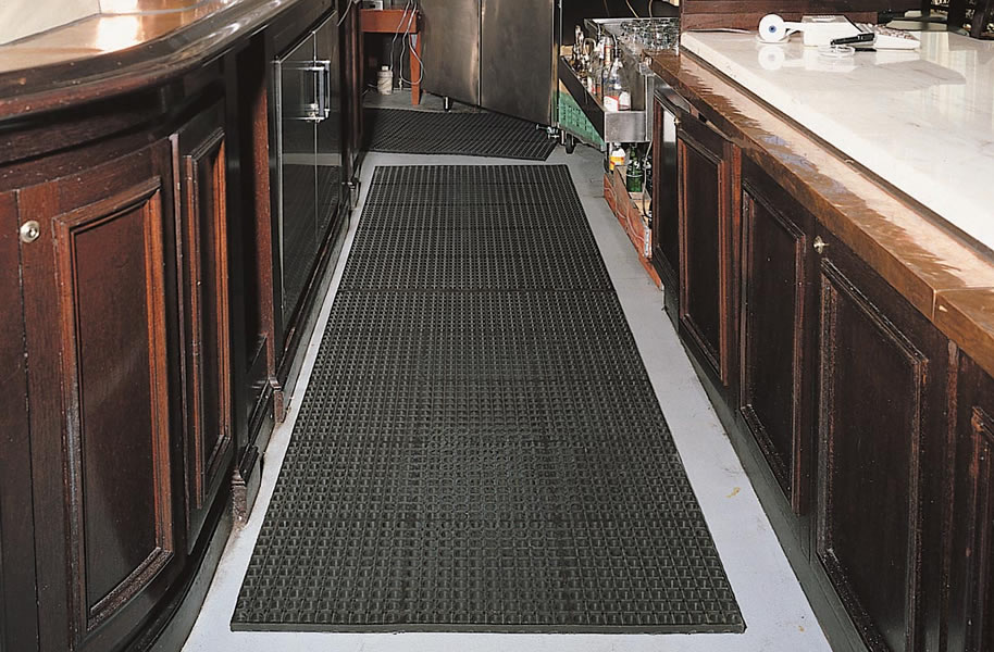 Notrax Cushion-Tred - Rubber Kitchen Floor Mat