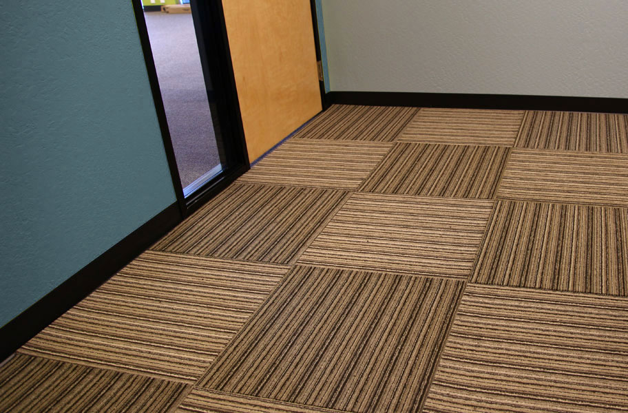 Versatility Carpet Tiles Rubber Backed Tile Squares