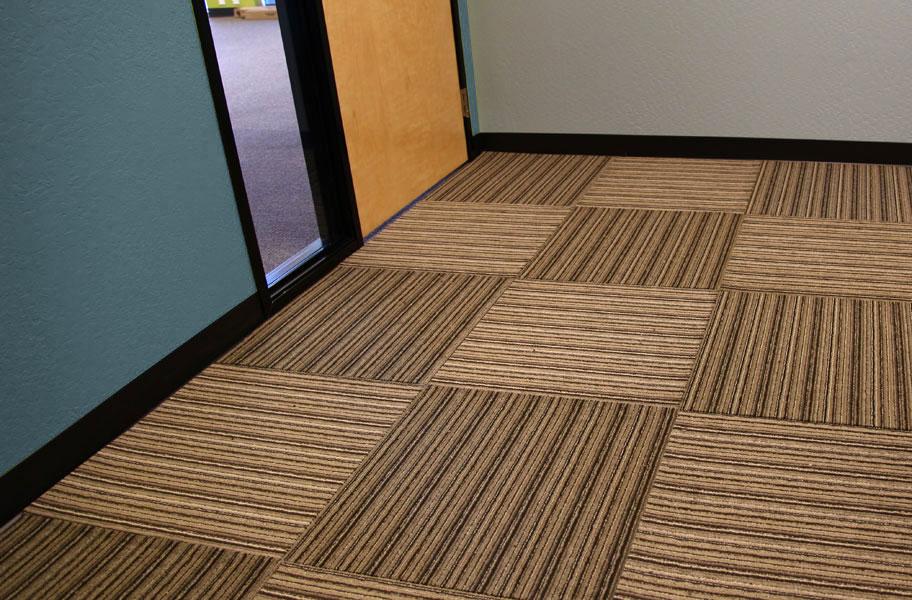 Versatility Carpet Tiles Rubber Backed Tile Squares